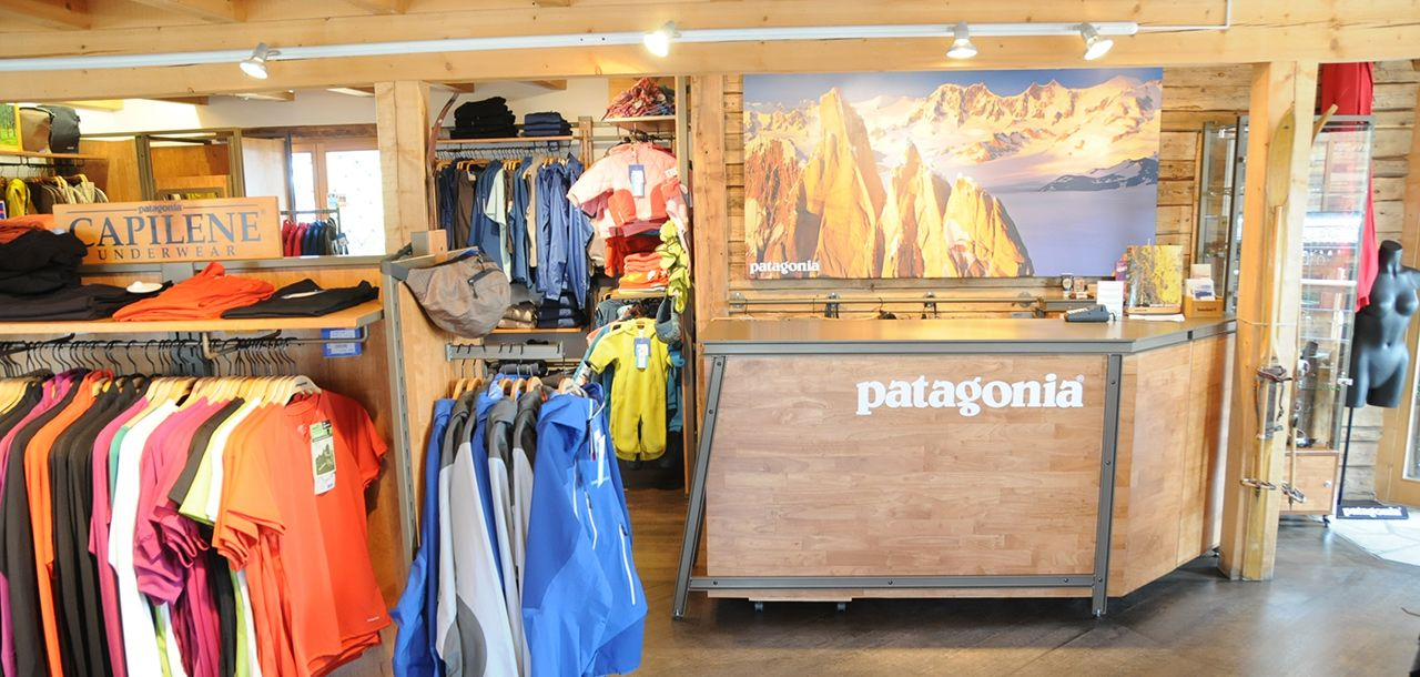 738c70acd1c Patagonia - agence de stand et retail design - Mission